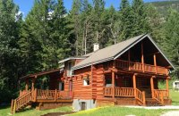 smiley-wolf-cabin-08